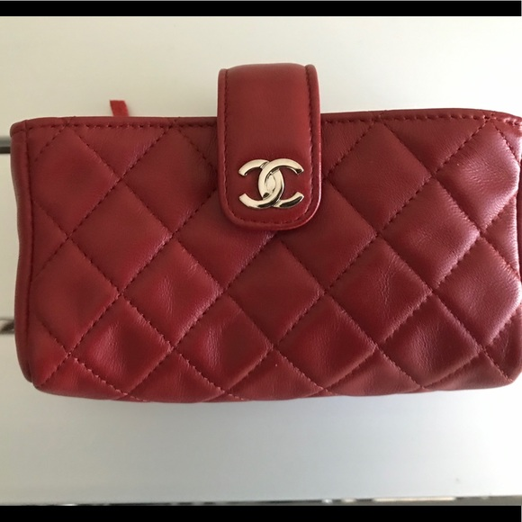CHANEL Handbags - Chanel mini clutch